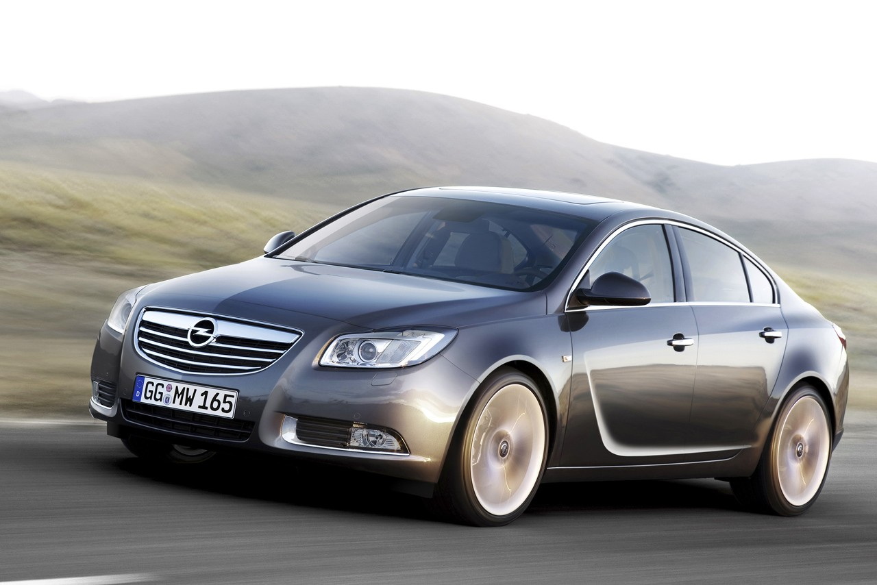 Opel Insignia 20d SE  The Next Gear